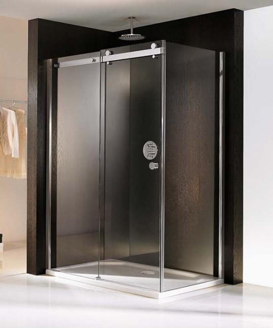 Eck-Dusche mit Schiebetüren