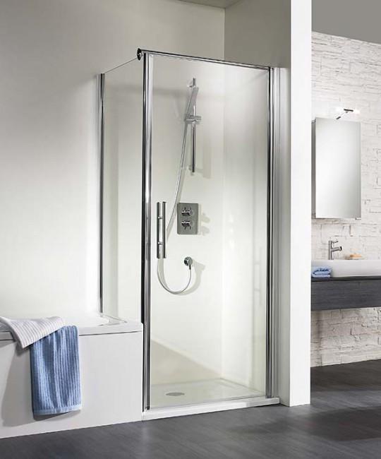 Eck-Dusche mit verkuerzter Seitenwand